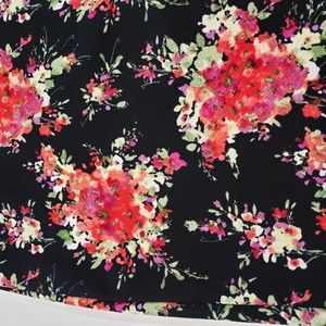 LuLaRoe Skirts - LuLaRoe Pencil Skirt Size XS